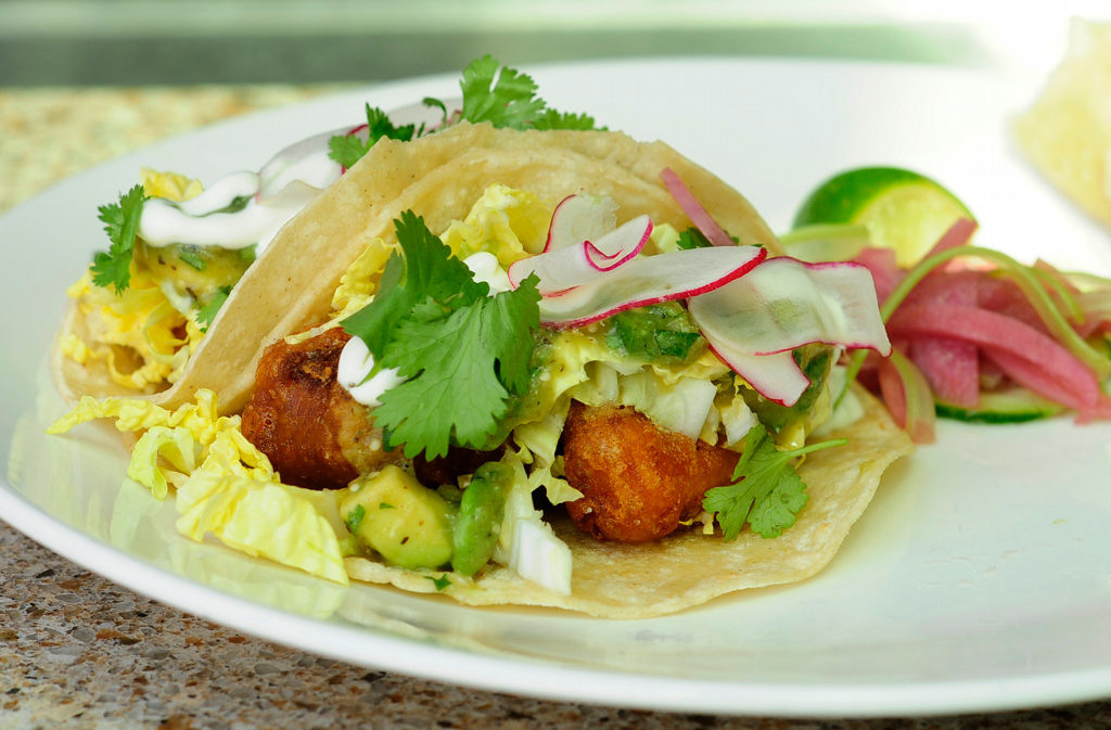 . The mahi-mahi tacos are popular at lunch on Union Restaurant\'s patio. (Pioneer Press: Scott Takushi)
