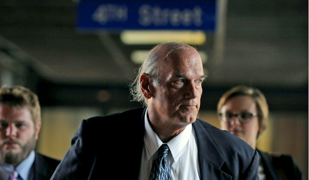 """. <p><b> Jesse Ventura is suing the widow of former Navy SEAL Chris Kyle and his estate because � </b> <p> A. The former Minnesota governor is shameless <p> B. He�s got nothing better to do <p> C. All of the above <p><b><a href=\'http://www.twincities.com/localnews/ci_26109723/jesse-ventura-trial-jury-chosen-hear-defamation-case\' target=\""""_blank\"""">LINK</a></b> <p>   (Pioneer Press: Scott Takushi)"""