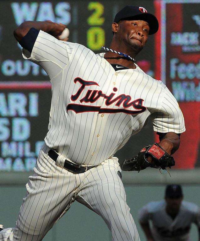 . Minnesota Twins starter Samuel Deduno pitches during the second inning. (Pioneer Press: Sherri LaRose-Chiglo)