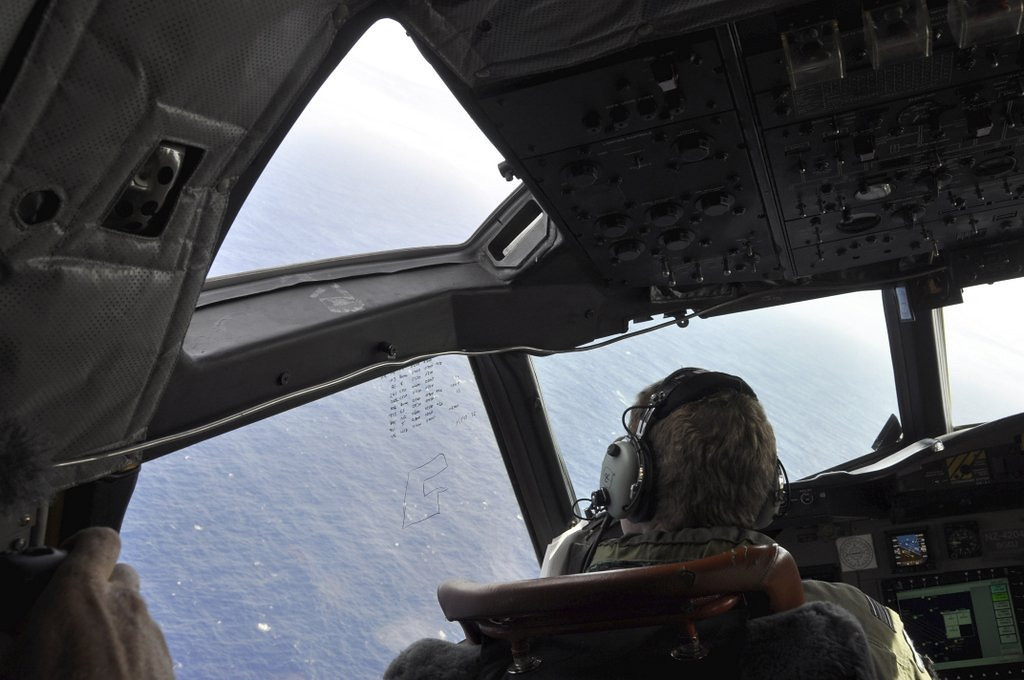 """. <p><b> Crews searching for the missing Malaysian Airlines flight began to lose hope this week when they could no longer hear � </b> <p> A. Pings that could be from the plane�s black box <p> B. Reports of possible floating wreckage in the Indian Ocean <p> C. CNN Breaking News Alerts every five minutes  <p><b><a href=\'http://www.cnn.com/2014/04/08/world/asia/malaysia-airlines-plane/index.html?hpt=hp_t1\' target=\""""_blank\"""">HUH?</a></b> <p>    (AP Photo/AAP Image, Kim Christian, POOL)"""