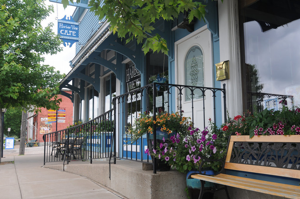 . The Harborview Cafe in Pepin is a favorite destination for dining located in downtown Pepin. (Pioneer Press: Ginger Pinson)