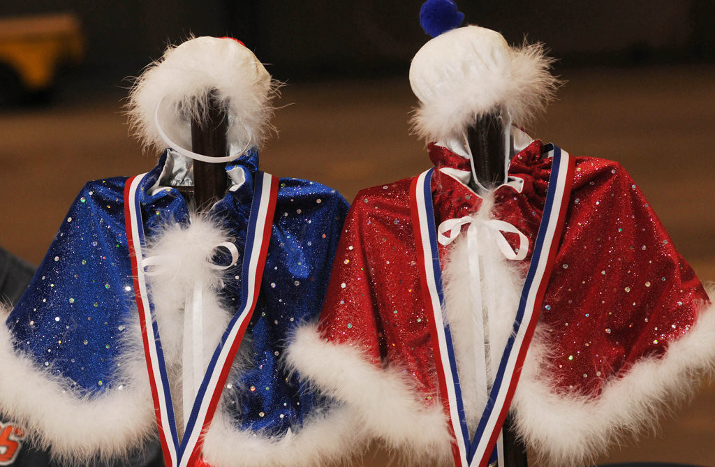 """. Tiny capes and hats await the winners of the \""""King Cat\"""" and \""""Queen Cat\"""" competition at the Saintly City Cat Club\'s 38th Annual Championship Cat Show. (Pioneer Press: Scott Takushi)"""