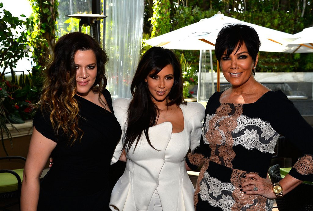 ". <p><b> Viewers of Kris Jenner�s talk show on Friday morning were treated to the first-ever public showing of � </b> <p> A. North West�s photo  <p> B. Kanye West�s album cover  <p> C. Her daughters� latest gyno exams  <p><b><a href=\'http://abcnews.go.com/Entertainment/kanye-west-reveals-photo-north-west/story?id=20047882\' target=""_blank\"">HUH?</a></b> <p>     (Frazer Harrison/Getty Images)"