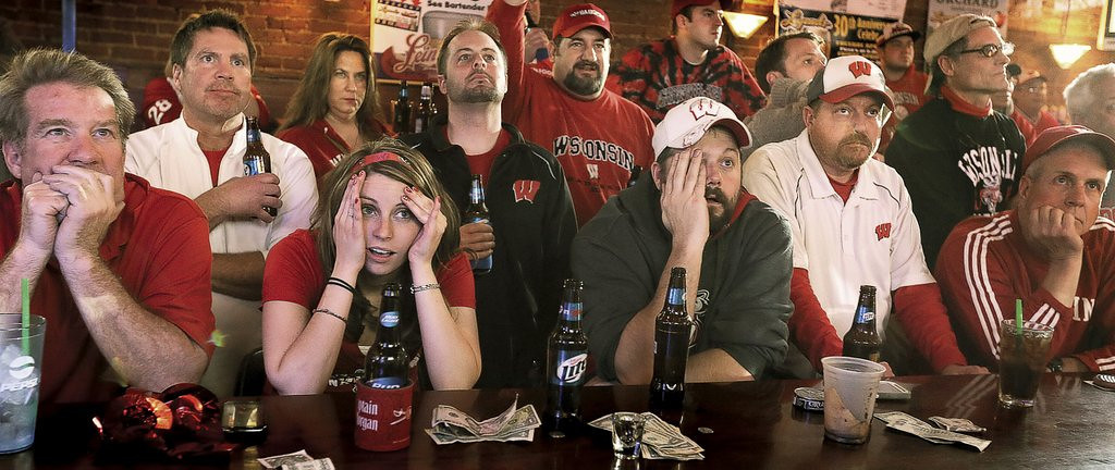 """. <p>4. (tie) WISCONSIN <p>It could have been worse: You could have spent thousands to travel to the Final Four to watch your dreams crushed. (4) <p><b><a href=\'http://www.twincities.com/news/ci_25505548/wisconsin-falls-short-loses-74-73-kentucky?source=rss\' target=\""""_blank\""""> HUH?</a></b> <p>    (AP Photo/The Janesville Gazette, Bill Olmsted)"""