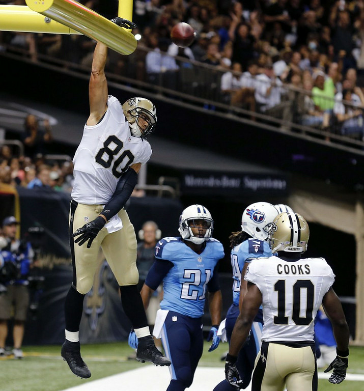 ". 10. (tie) JIMMY GRAHAM <p>Gets TWO penalties for dunking over the goalpost, setting new NFL record for self-absorption. (unranked) </p><p><b><a href=""http://www.nfl.com/news/story/0ap3000000378611/article/jimmy-graham-flagged-twice-for-goalpost-dunks\"" target=\""_blank\""> LINK </a></b> </p><p>   (AP Photo/Bill Haber)</p>"