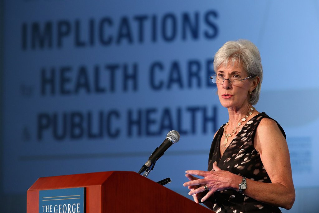 """. <p><b> Health and Human Services Secretary Kathleen Sebelius apologized for the sloppy, inaccurate and misleading translations on the Obamacare website in this language � </b> <p> A. Spanish <p> B. Latin <p> C. English <p><b><a href=\' http://www.weeklystandard.com/blogs/sebelius-excuses-sloppy-spanish-obamacare-website-terminology-insurance-pretty-arcane_782636.html\' target=\""""_blank\"""">HUH?</a></b> <p>    (Chip Somodevilla/Getty Images)"""