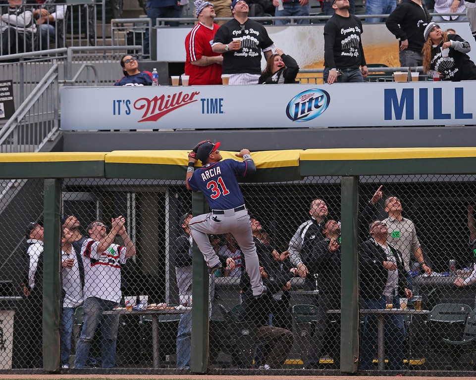 """. <p>2. (tie) MINNESOTA TWINS <p>If you�re scoring at home, their magic number for clinching the AL Central title remains at 163. (unranked) <p><b><a href=\'http://www.twincities.com/sports/ci_25461251/white-sox-5-twins-3-two-alejandro-de\' target=\""""_blank\""""> HUH?</a></b> <p>    (Jonathan Daniel/Getty Images)"""