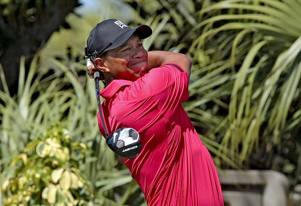 ". <p>8. TIGER WOODS <p>Already falling back back back back ... (unranked) <p><b><a href=\'http://www.cbssports.com/golf/eye-on-golf/24464431/tiger-woods-withdraws-from-honda-classic\' target=""_blank\""> HUH?</a></b> <p>   (Bill Ingram/Palm Beach Post/MCT)"