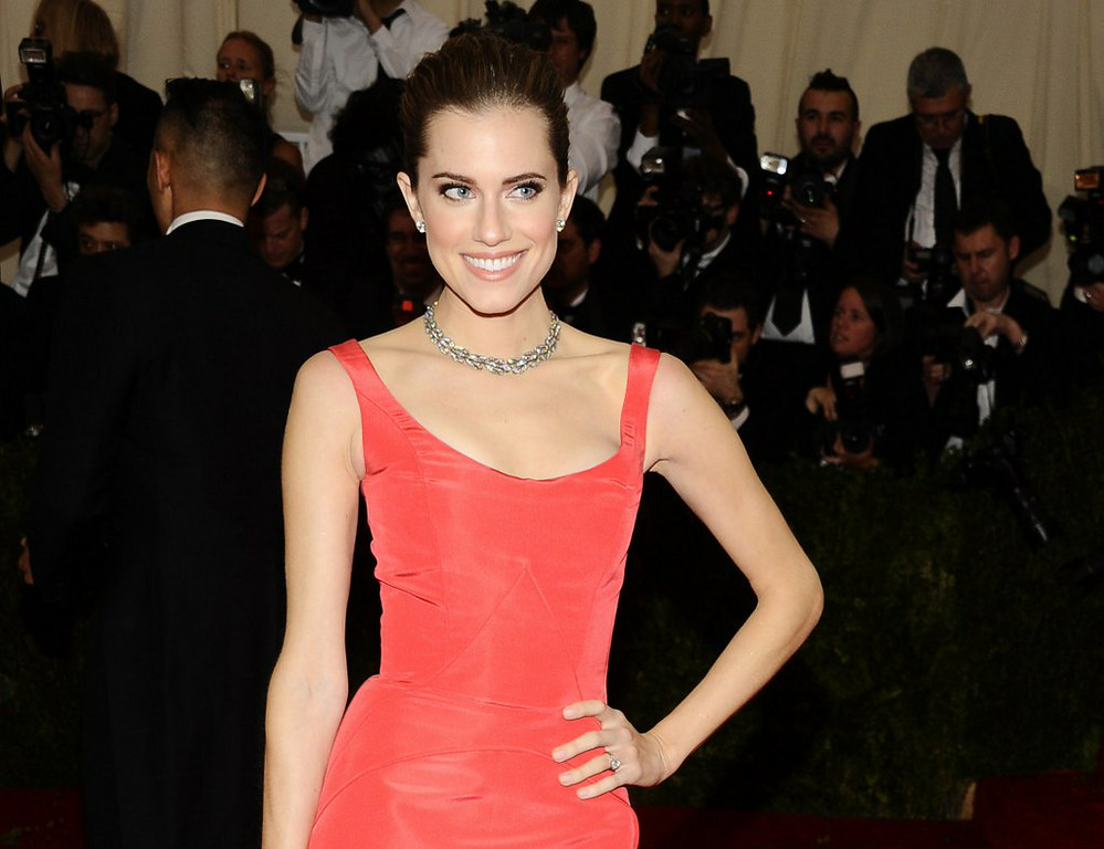 ". 5. ALLISON WILLIAMS <p>NBC hands �Peter Pan� role to anchorman�s daughter. Got nepotism? (unranked) </p><p><b><a href=""http://insidetv.ew.com/2014/07/30/allison-williams-peter-pan-live/\"" target=\""_blank\""> LINK </a></b> </p><p>   (Charles Sykes/Invision/AP)</p>"