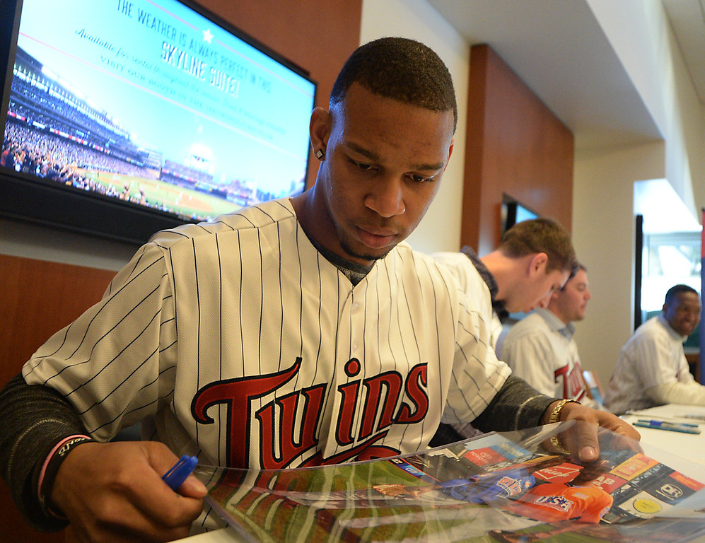 . Twins prospect Bryon Buxton during an autograph session at Twinsfest at Target Field, Saturday, January 25, 2014(Pioneer Press: John Autey)