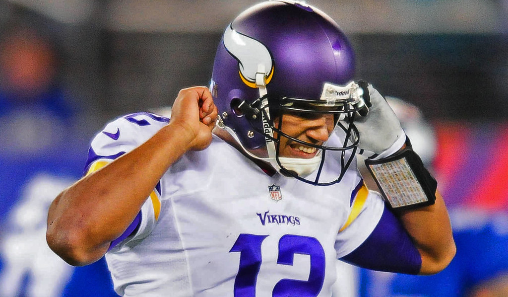 . Vikings quarterback Josh Freeman walks off the field in frustration after failing to convert on fourth down in the fourth quarter of Minnesota\'s 23-7 loss to the Giants at MetLife Stadium in East Rutherford, NJ on Monday, October 21, 2013.   (Pioneer Press: Ben Garvin)
