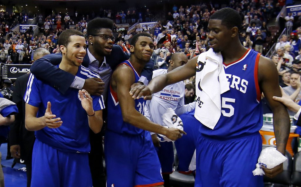 """. <p>10. (tie) PHILADELPHIA 76ERS  <p>You�d get a standing ovation, too, if you hadn�t won in two months. (unranked) <p><b><a href=\'http://nba.si.com/2014/03/29/sixers-snap-losing-streak-pistons-26-games/\' target=\""""_blank\""""> HUH?</a></b> <p>    (AP Photo/Matt Slocum)"""