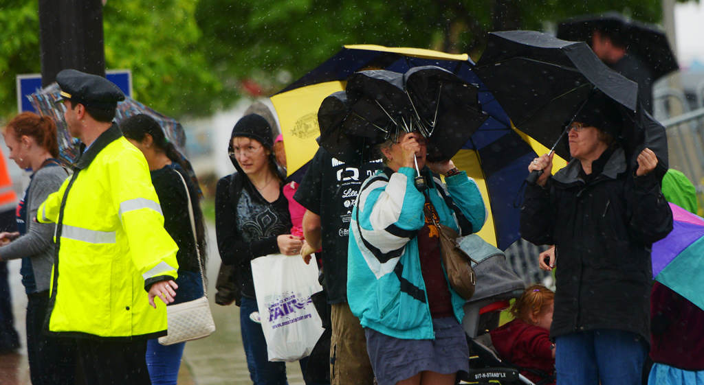 . Saturday\'s rainy and very windy weather canceled most of the Green Line Opening Ceremony events at the various stops along the in St. Paul.(Pioneer Press: John Autey)