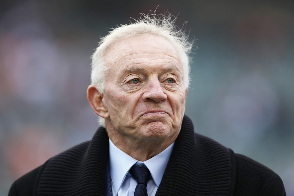 ". 2. JERRY JONES <p>If you had his roster full of flotsam and jetsam, you�d be tampering, too. (unranked) </p><p><b><a href=""http://espn.go.com/dallas/story/_/id/11420073/outside-lines-vikings-adrian-peterson-tells-dallas-owner-jerry-jones-wants-cowboy\"" target=\""_blank\""> LINK </a></b> </p><p>   (Joe Robbins/Getty Images)</p>"
