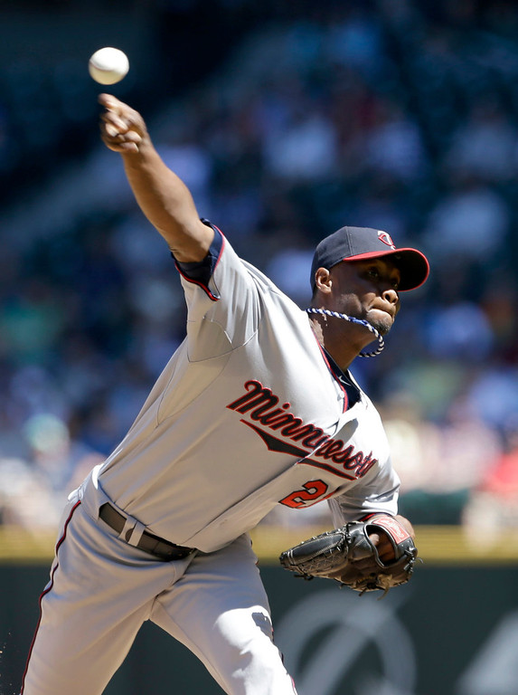 . Minnesota Twins starting pitcher Samuel Deduno throws against the Seattle Mariners in the second inning. (AP Photo/Elaine Thompson)