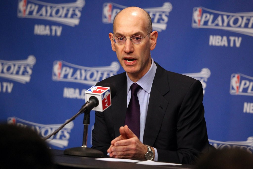 """. 10. (tie) ADAM SILVER: When did the NBA turn over the reins to Mr. Potato Head? (unranked) <p><b><a href=\'http://www.washingtonpost.com/blogs/early-lead/wp/2014/04/26/why-adam-silver-and-the-nba-arent-doing-anything-about-donald-sterling-yet/\' target=\""""_blank\""""> LINK </a></b> <p>    (Nikki Boertman/The Commercial Appeal/MCT)"""