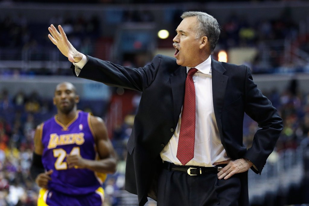 """. <p>10. (tie) MIKE D�ANTONI <p>Magic and Kobe know Phil Jackson. Phil Jackson is a friend of theirs. Sir, you�re no Phil Jackson. (unranked) <p><b><a href=\' http://www.latimes.com/sports/basketball/nba/lakers/la-sp-lakers-kobe-20140313,0,5132582.story#axzz2vs1cj2Dk\' target=\""""_blank\""""> HUH?</a></b> <p>    (Rob Carr/Getty Images)"""