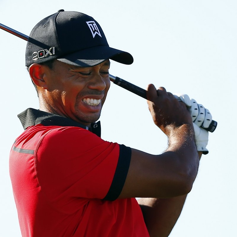 """. <p>6. (tie) TIGER WOODS  <p>He�s fallen, and he can�t get up to 18 majors. (unranked) <p><b><a href=\'http://ftw.usatoday.com/2013/08/tiger-woods-drops-to-his-knees-after-tweaking-his-back/\' target=\""""_blank\""""> HUH?</a></b> <p>    (AP Photo/Rich Schultz)"""