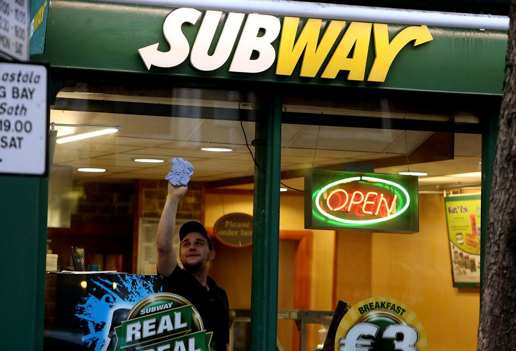 ". <p>6. SUBWAY <p>New slogan: Eat fresh shoe sole chemicals! (unranked) <p><b><a href=\'http://www.twincities.com/news/ci_25072108/subway-is-removing-chemical-its-bread-thats-also\' target=""_blank\""> HUH?</a></b> <p>   (Brian Lawless/PA Wire)"