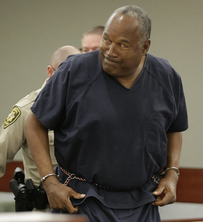 ". <p>3. O.J. SIMPSON�S HUNGER STRIKE <p>Juice says �I will die MY way� ... which you can assume involves a really big knife. (unranked) <p><b><a href=\'http://www.mirror.co.uk/news/world-news/oj-simpson-goes-hunger-strike-3139541\' target=""_blank\""> HUH?</a></b> <p>    (AP Photo/Julie Jacobson, Pool)"