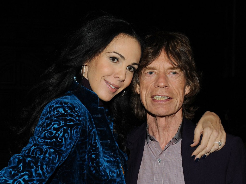 """. 6. (tie) MICK JAGGER <p>Back to dating bimbos just weeks after the death of what�s her face. (4) <p><b><a href=\'http://www.dailymail.co.uk/news/article-2651656/Some-men-drown-sorrows-drink-Mick-drowning-women-Jaggers-friends-singer-coping-death-LWren-Scott-seen-mystery-brunette.html\' target=\""""_blank\""""> LINK </a></b> <p>    (Slaven Vlasic/Getty Images)"""
