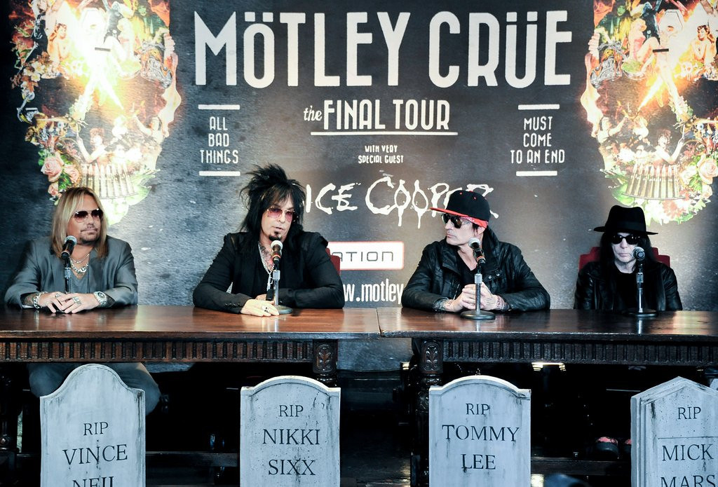 ". <p>6. MOTLEY CRUE <p>Unveils plans for their final retirement concert tour. Just like they did in 2005. (unranked) <p><b><a href=\'http://www.twincities.com/music/ci_25011268/motley-crue-farewell-tour-will-stop-st-paul\' target=""_blank\""> HUH?</a></b> <p>    (Richard Shotwell/Invision/AP)"