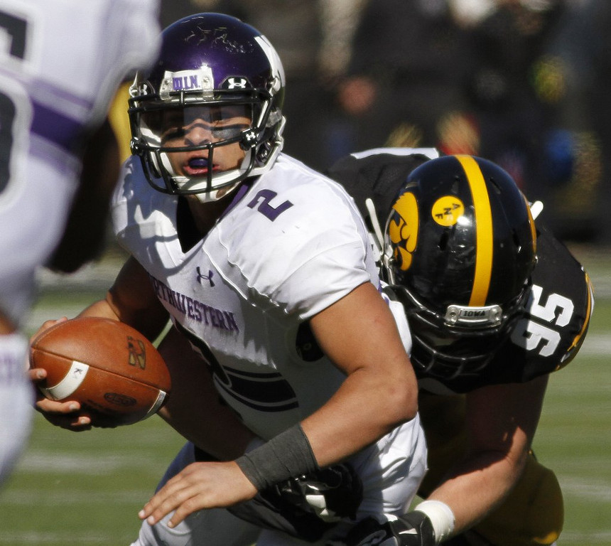 ". <p>10. (tie) NORTHWESTERN WILDCATS <p>Have more appearances at NLRB hearings than NCAA basketball tournaments. (3) <p><b><a href=\'http://www.sippinonpurple.com/northwestern-wildcats-football/2014/3/26/5551692/the-ncaa-released-a-statement-on-the-nlrb-ruling-and-it-is\' target=""_blank\""> HUH?</a></b> <p>    (Matthew Holst/Getty Images)"