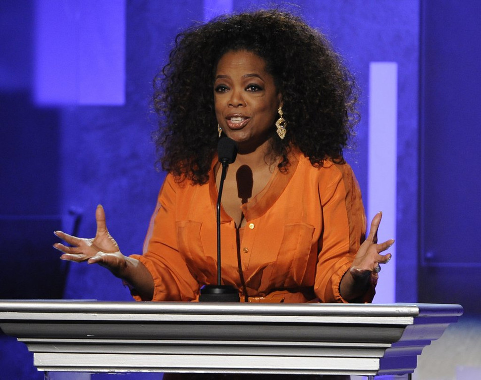 """. <p>2. OPRAH WINFREY <p>Hell hath no fury like a stepmother scorned. (unranked) <p><b><a href=\'http://www.dailymail.co.uk/news/article-2610395/EXCLUSIVE-To-just-bizarre-Oprahs-stepmother-says-It-Oprah-Stedman-Gayle-Gayle-Stedman-She-talks-unhealthy-relationship-two-interview.html\' target=\""""_blank\""""> LINK </a></b> <p>   (Chris Pizzello/Invision/AP, File)"""
