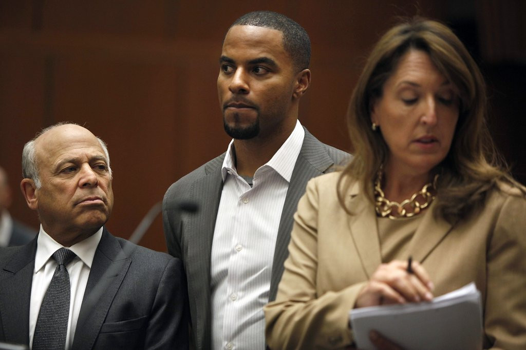 """. <p>5. DARREN SHARPER <p>For those scoring at home, it�s now eight rape cases in five states for the model citizen. (unranked) <p><b><a href=\'http://www.nola.com/crime/index.ssf/2014/02/darren_sharper_drugged_3_women.html\' target=\""""_blank\""""> HUH?</a></b> <p>   (AP Photo/Los Angeles Times, Liz O. Baylen, Pool)"""