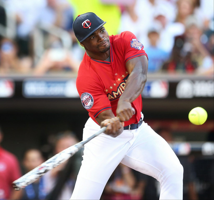 ". 8. ALL-STAR CELEBRITY SOFTBALL GAMES <p>Have NEVER given any participants a reason to quit their day job. (unranked) </p><p><b><a href=""http://live.twincities.com/Event/Live_coverage_of_All-Star_Futures_Game_and_Celebrity_Softball\"" target=\""_blank\""> LINK </a></b> </p><p>    (AP Photo/Jim Mone)</p>"