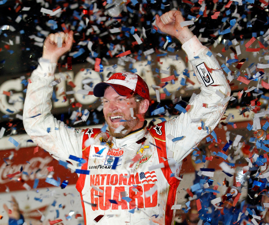 ". <p><b> Dale Earnhardt Jr. won the 2014 Daytona 500 on Sunday, his second championship in The Great American Race. The event was delayed more than six hours by � </b> <p> A. Rain <p> B. High winds <p> C. Fox�s showing of the 2013 Daytona 500 <p><b><a href=\'http://www.twincities.com/sports/ci_25215541/daytona-500-not-even-juniors-win-can-save\' target=""_blank\"">HUH?</a></b> <p>   (AP Photo/Terry Renna)"