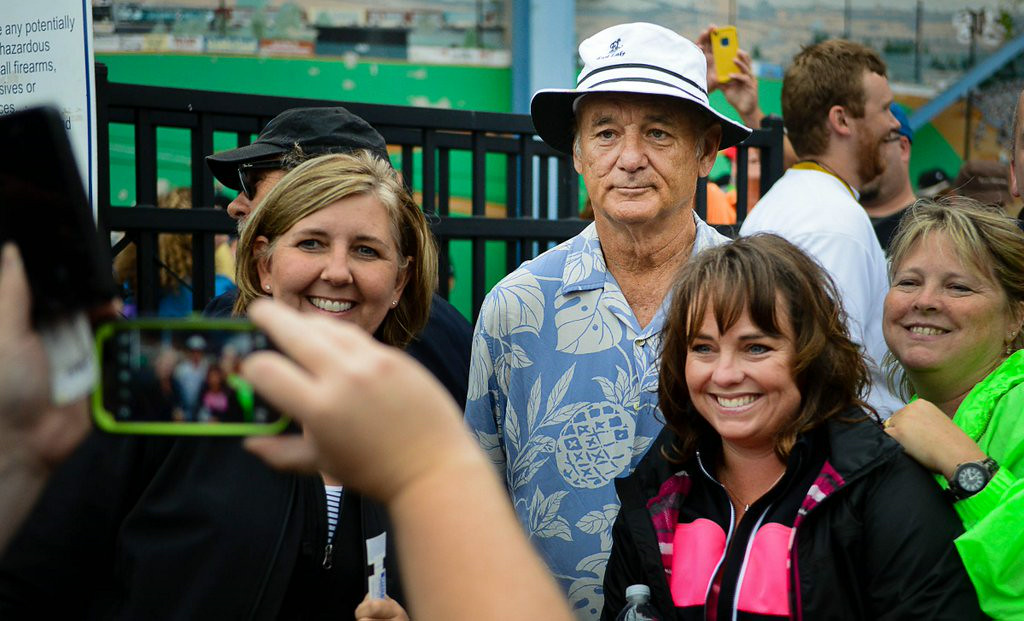 ". 3. (tie) BILL MURRAY <p>Pretending he enjoys hanging with the common folk? His most Oscar-worthy performance ever. (unranked) </p><p><b><a href=""http://www.twincities.com/ci_26429503/bill-murray-casually-takes-tickets-midway-stadium-sendoff\"" target=\""_blank\""> LINK </a></b> </p><p>    (Pioneer Press: Ben Garvin)</p>"