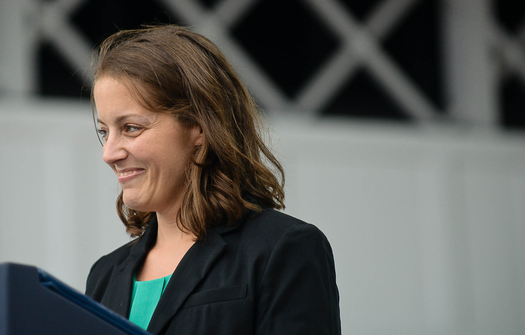 . Rebekah Erler, a 36-year-old working wife and mother from St. Anthony, introduced President Barack Obama before he delivered his speech. (Pioneer Press: Ben Garvin)