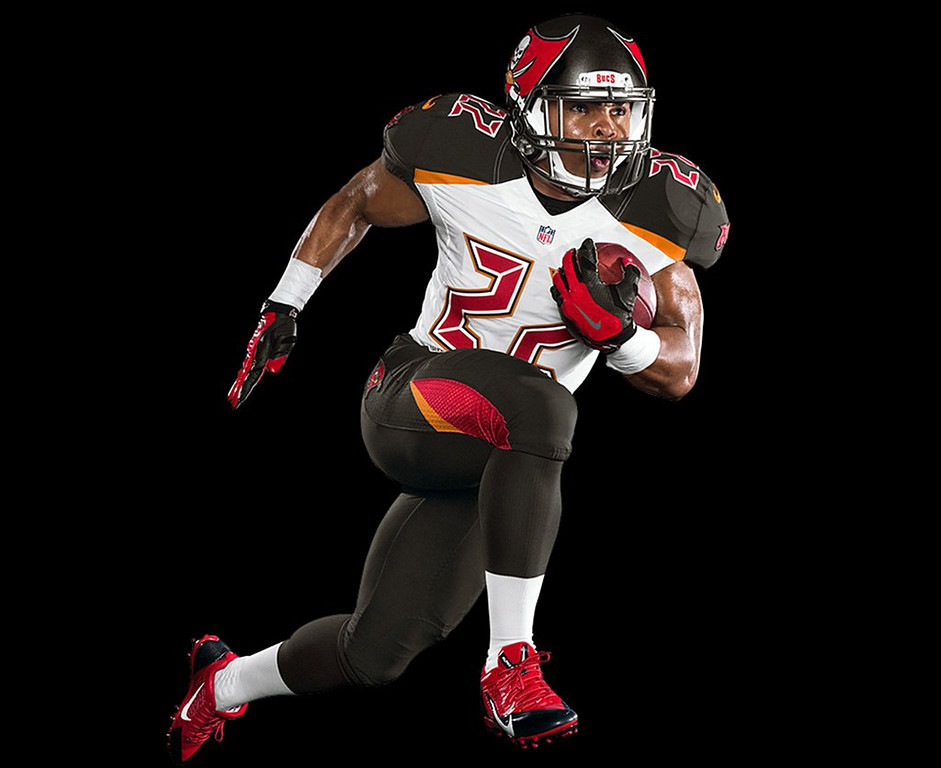 ". <p>7. (tie) TAMPA BAY BUCCANEERS� NEW UNIFORMS <p>Now they REALLY look like an Arena League team. (8) <p><b><a href=\'http://www.buccaneers.com/news/article-1/New-Uniform-Design-Unveiled/b8944519-d276-482a-a9e7-d800fabb9401\' target=""_blank\""> HUH?</a></b> <p>    (AP Photo/Tampa Bay Buccaneers)"