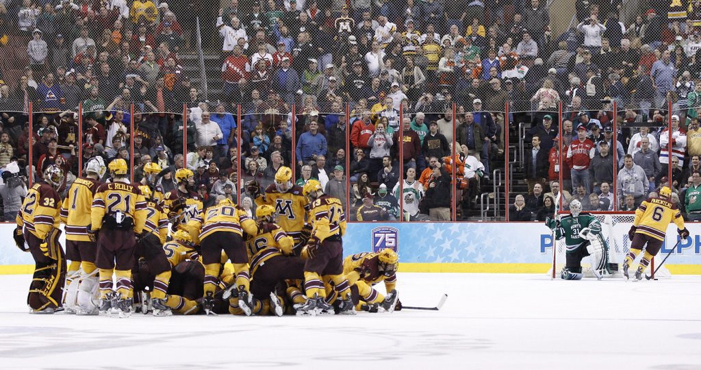 ". <p>2. NORTH DAKOTA  <p>Frozen Four glory Sioux close, yet Sioux far away. (unranked) <p><b><a href=\'http://www.twincities.com/sports/ci_25542638/ncaa-frozen-four-gophers-tip-north-dakota-holl\' target=""_blank\""> HUH?</a></b> <p>   (AP Photo/Chris Szagola)"