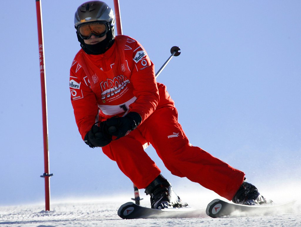 """. <p>6. (tie) MICHAEL SCHUMACHER <p>Note to self: When foolishly skiing off trail and crashing into rocks, make SURE you�re not wearing a helmet camera. (unranked) <p><b><a href=\'http://www.twincities.com/sports/ci_24868050/michael-schumacher-helmet-cam-footage-shows-him-skiing\' target=\""""_blank\""""> HUH?</a></b> <p>    (AP Photo/Luca Bruno, File)"""