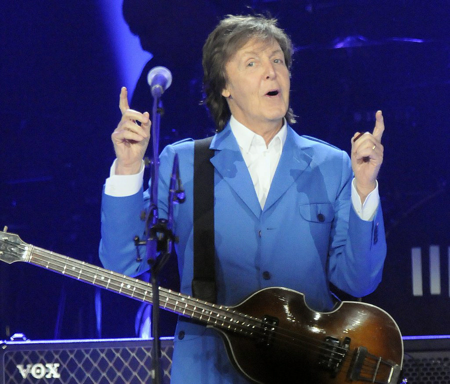 """. 10. (tie) PAUL McCARTNEY <p>Offering a great chance for you to spend the night at Target Field without having to watch the Twins get their ass kicked. (previous ranking: unranked) </p><p><b><a href=\""""http://www.twincities.com/entertainment/ci_25607654/paul-mccartney-play-target-field-august\"""" target=\""""_blank\""""> LINK</a></b> </p><p>    (Hans Pennink/Invision/AP)</p>"""