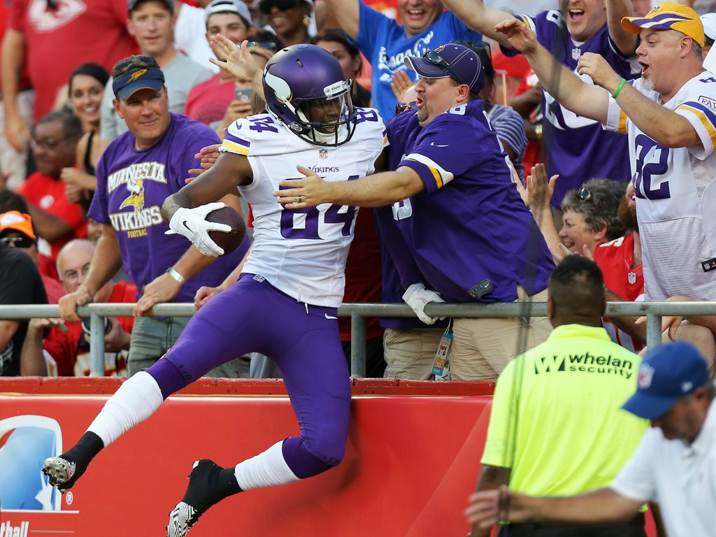 """. 2. (tie) MINNESOTA VIKINGS <p>It�s starting to look like they can�t POSSIBLY lose a game this season. (unranked) </p><p><b><a href=\""""http://www.twincities.com/vikings/ci_26395358/vikings-30-chiefs-12-cassel-secure-bridgewater-sharp\"""" target=\""""_blank\""""> LINK </a></b> </p><p>   (AP Photo/Ed Zurga)</p>"""