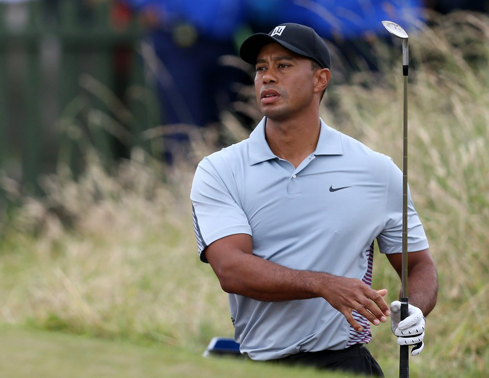 """. 7. (tie) TIGER WOODS <p>By the time you read this, he�ll already be hopelessly out of British Open contention. (unranked) </p><p><b><a href=\""""http://www.twincities.com/sports/ci_26150780/woods-is-back-and-still-aiming-high-at\"""" target=\""""_blank\""""> LINK</a></b> </p><p>    (AP Photo/Scott Heppell)</p>"""