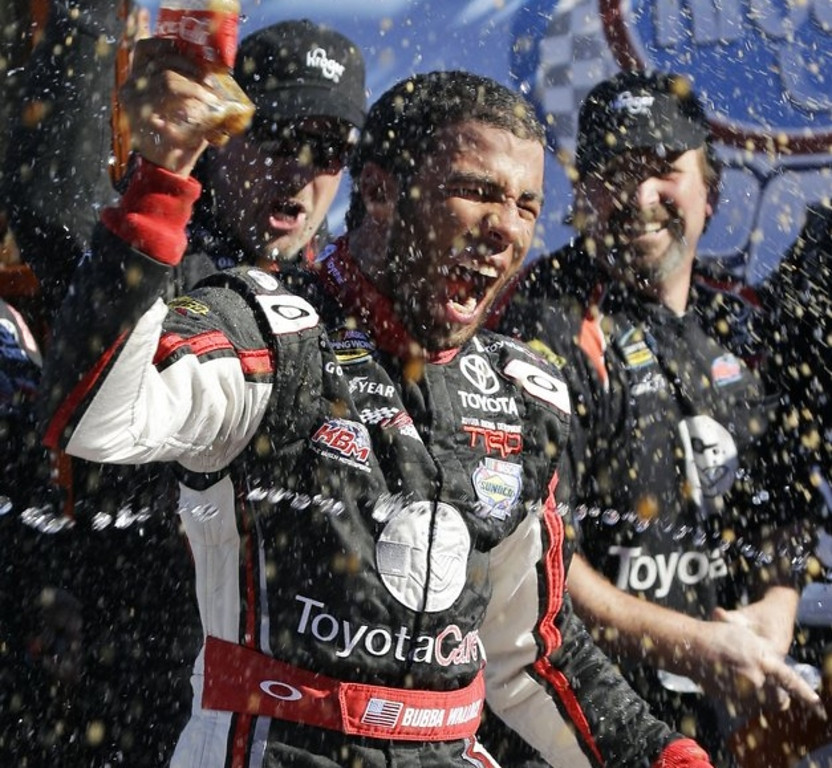 ". <p><b> Darrell Wallace Jr. made auto racing history on Saturday when he became the first African-American man to do this since 1963 � </b> <p> A. Win a NASCAR series race <p> B. Start on the pole in a NASCAR race <p> C. Attend a NASCAR race <p><b><a href=\'http://www.usatoday.com/story/sports/nascar/2013/10/26/darrell-wallace-jr-african-american-martinsville/3251393/\' target=""_blank\"">HUH?</a></b> <p>   (AP Photo/Steve Helber)"
