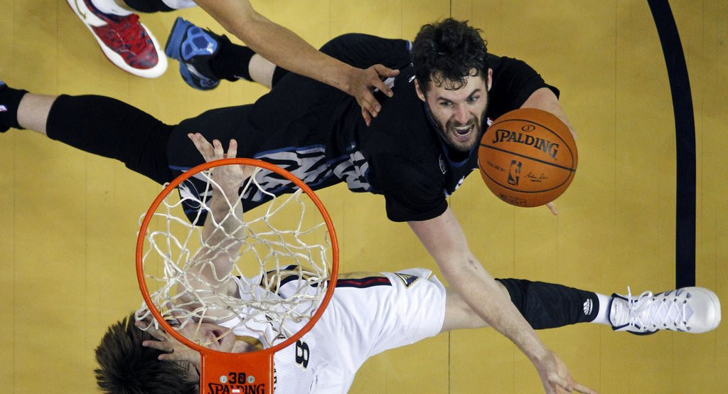 """. <p>2. KEVIN LOVE <p>Trading him now would have been stupid, even by Timberwolves standards. (unranked) <p><b><a href=\'http://www.twincities.com/timberwolves/ci_25192206/timberwolves-kevin-love-we-laughed-about-vescey-tweets\' target=\""""_blank\""""> HUH?</a></b> <p>    (AP Photo/Gerald Herbert)"""