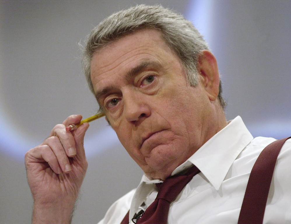 ". <p>7. DAN RATHER <p>Fossilized anchorman details his one-time use of heroin, which might explain EVERYTHING. (unranked) <p><b><a href=\'http://www.huffingtonpost.com/2014/01/09/dan-rather-heroin_n_4569319.html\' target=""_blank\""> HUH?</a></b> <p>    (AP Photo/Suzanne Plunkett)"