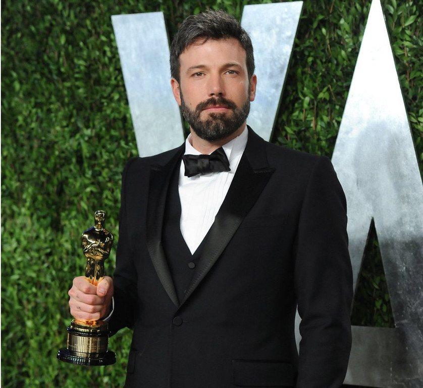 ". <p><b> Millions on the Internet cried foul Friday when they heard that news that Ben Affleck would be the next � </b> <p> A. Batman  <p> B. Ironman  <p> C. Mrs. Damon  <p><b><a href=\'http://www.twincities.com/ci_23928402/ben-affleck-and-batman-backlash\' target=""_blank\"">HUH?</a></b> <p>    (Evan Agostini/Invision/AP, File)"