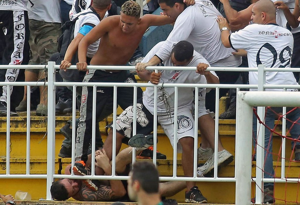 """. <p>8. BRAZIL SOCCER FANS <p>Already bashing skulls with World Cup intensity. (unranked) <p><b><a href=\'http://www.nydailynews.com/sports/soccer/soccer-riot-control-brazil-article-1.1541545\' target=\""""_blank\""""> HUH?</a></b> <p>     (Heuler Andrey/AFP/Getty Images)"""