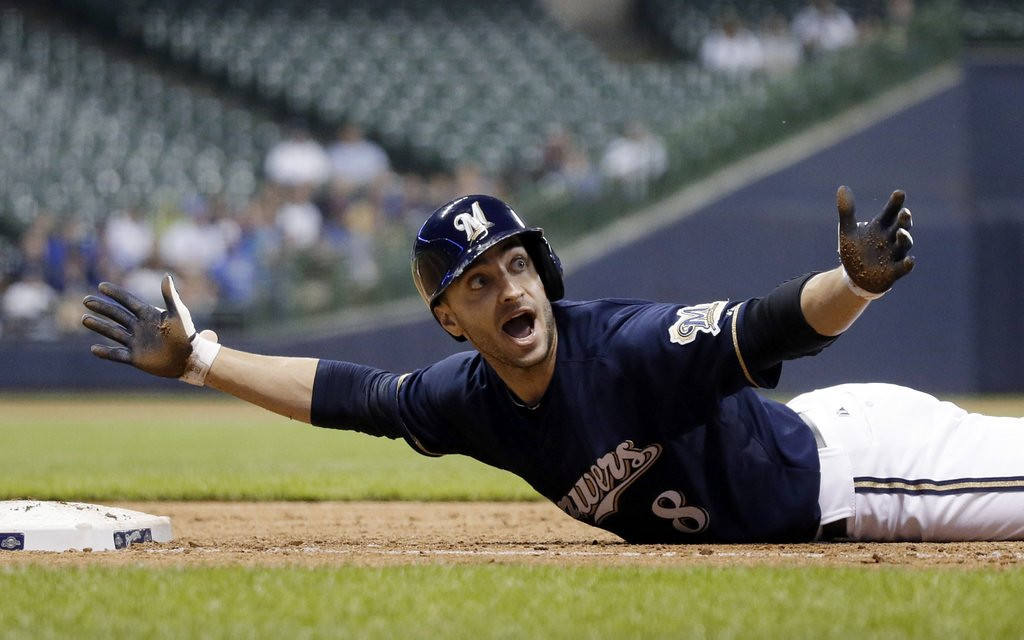 ". <p>3. (tie) RYAN BRAUN <p>A great reason for Brewers fans to update their Do Not Call lists. (unranked) <p><b><a href=\'http://www.twincities.com/sports/ci_24031259/brewers-ryan-braun-calls-apologize-season-ticket-holders\' target=""_blank\""> HUH?</a></b> <p>    (AP Photo/Morry Gash)"