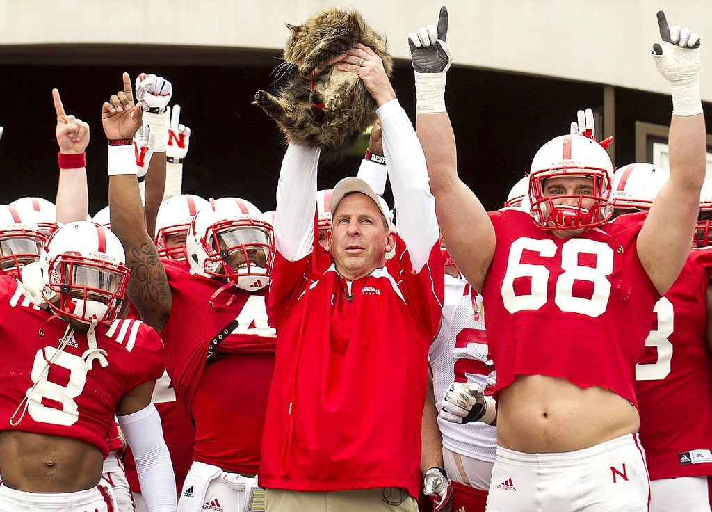 """. <p>8. BO PELINI�S CAT <p>Brings a cat to Nebraska�s spring scrimmage, making for the Huskers� best postgame sacrifice ever. (unranked) <p><b><a href=\'http://www.huffingtonpost.com/2014/04/13/bo-pelini-cat-circle-of-life-spring-practice_n_5139977.html\' target=\""""_blank\""""> HUH?</a></b> <p>   (AP Photo/The Journal-Star, Francis Gardler)"""