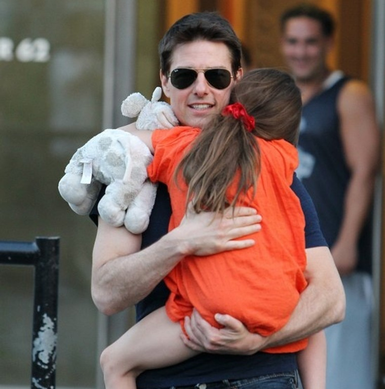 ". <p>5. TOM CRUISE <p>War is hell � but not nearly as hellish as an actor�s life. (unranked) <p><b><a href=\'http://www.tmz.com/2013/11/08/tom-cruise-suri-lawsuit-deposition-afghanistan-war-olympics/\' target=""_blank\""> HUH?</a></b> <p>    (AP Photo/ Donald Traill)"