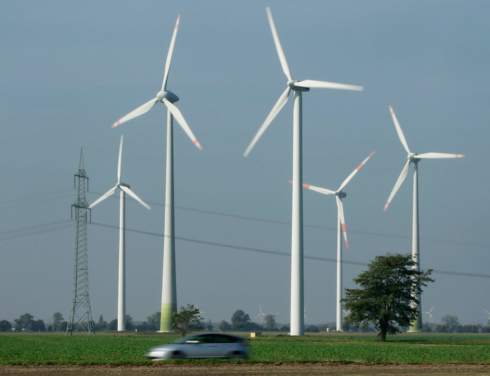 """. <p>10. WIND FARMS <p>They seem like a great, green idea ... if you�re not one of the bald eagles decapitated there. (previous ranking: unranked) <p><b><a href=\'http://www.washingtontimes.com/news/2013/sep/11/eagle-slaughter-wind-farms-kill-67-eagles-5-years/\' target=\""""_blank\""""> HUH?</a></b> <p>     (Sean Gallup/Getty Images)"""