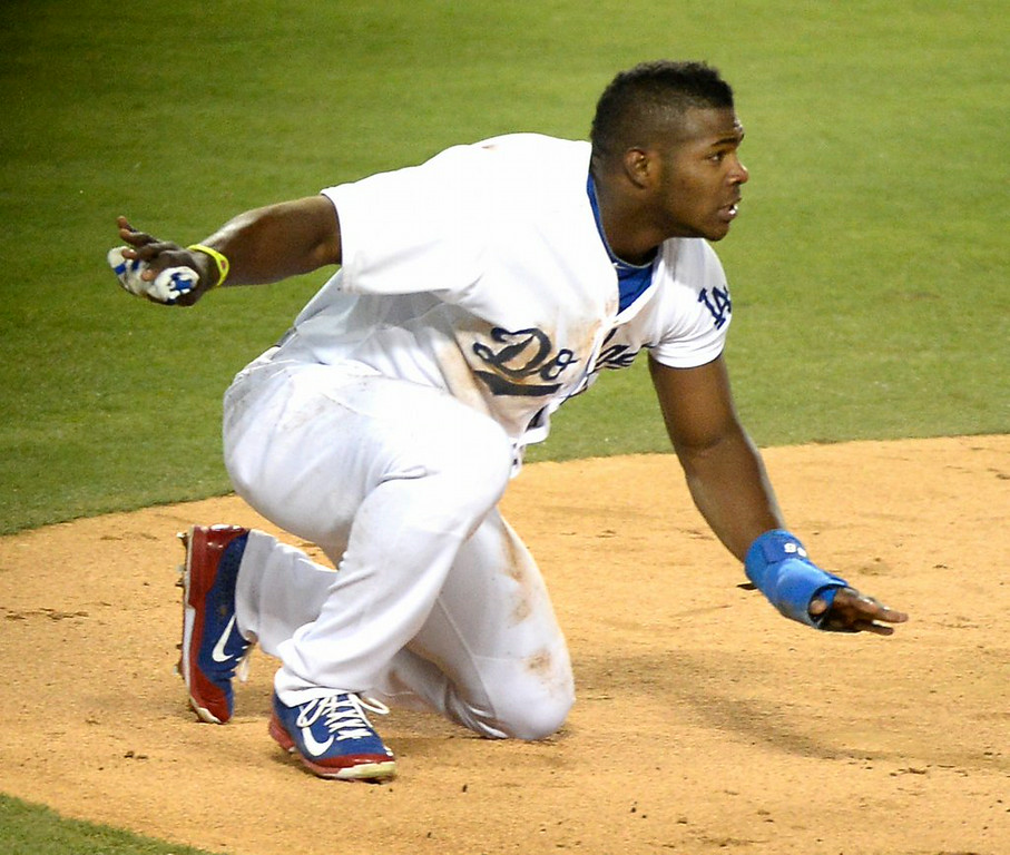 ". 6. (tie) YASIEL PUIG <p>The dimmest, most imbecilic base runner in the history of � history. (unranked) </p><p><b><a href=""http://www.foxsports.com/mlb/story/yasiel-puig-los-angeles-dodgers-runs-into-triple-play-082414\"" target=\""_blank\""> LINK </a></b> </p><p>     (Harry How/Getty Images)</p>"