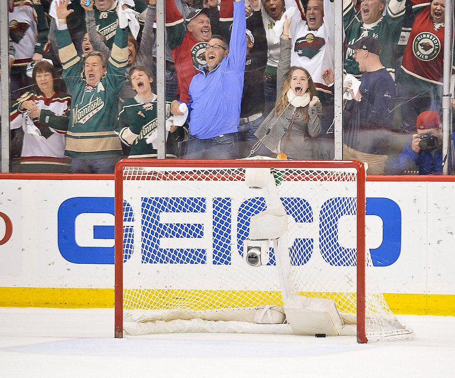 . Fans react to the first of two empty-net goals during the third period. (Pioneer Press: Ben Garvin)